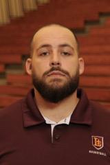 Freshmen Coach Jordan Thurman